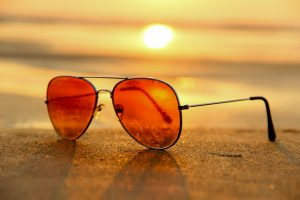 Wearing Sunglasses, Save Your Eyesight by Wearing Sunglasses